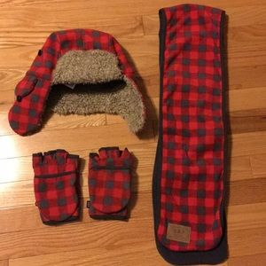 Gap Hat, scarf, and mittens set